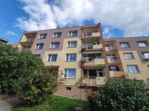 Prodej bytu 2+1/L v Krupce u Teplic.
