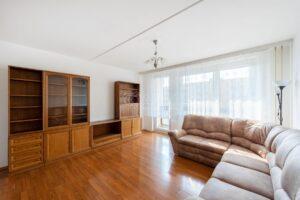 Byt 3+1 77 m2 s lodžií, ul. Voskovcova, Praha 5 – Barrandov